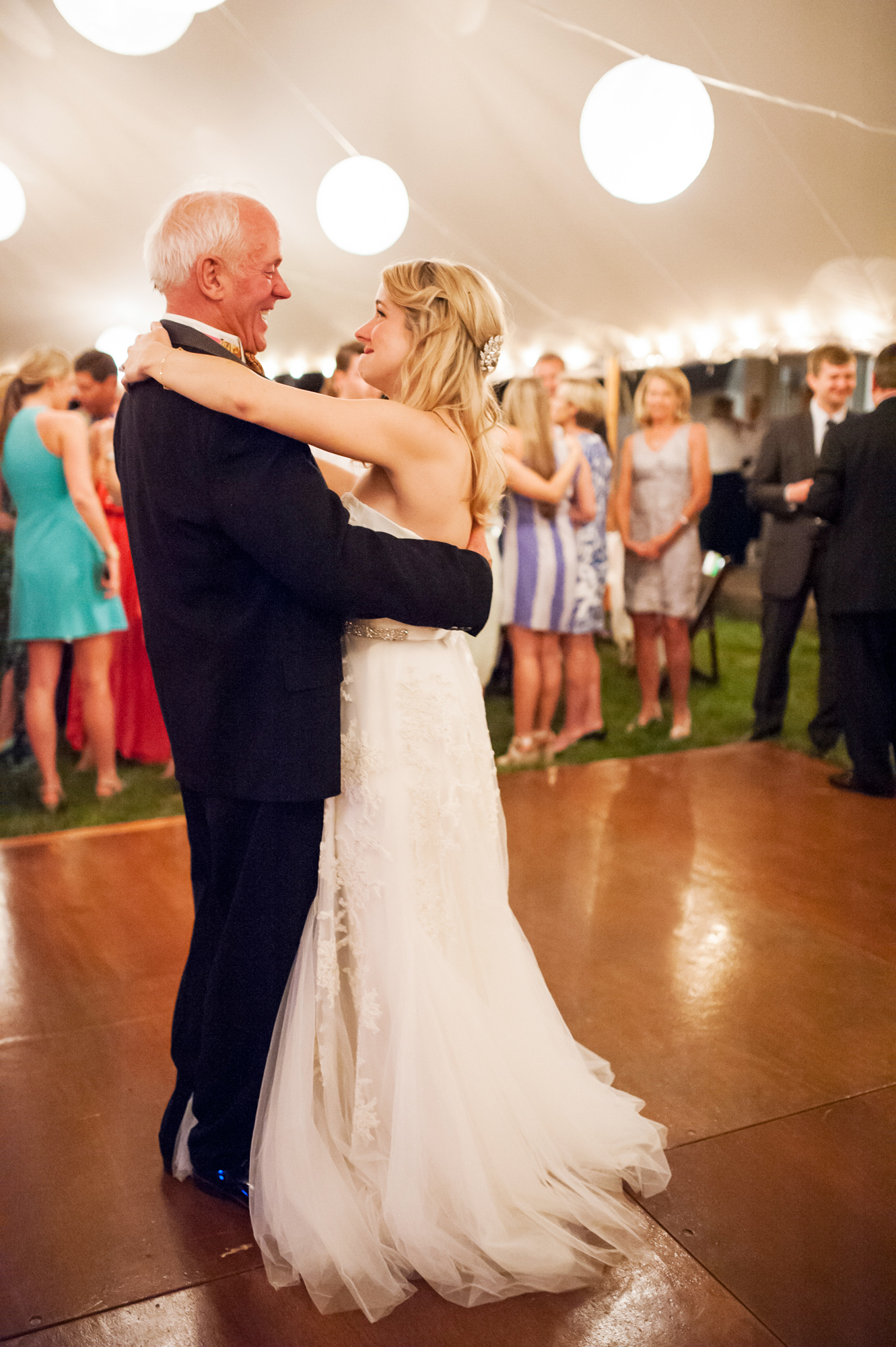 34Katy_Eddie_Talcott_House_Wedding_Westbrook_CT_Tanya_Salazar_Photography.jpg