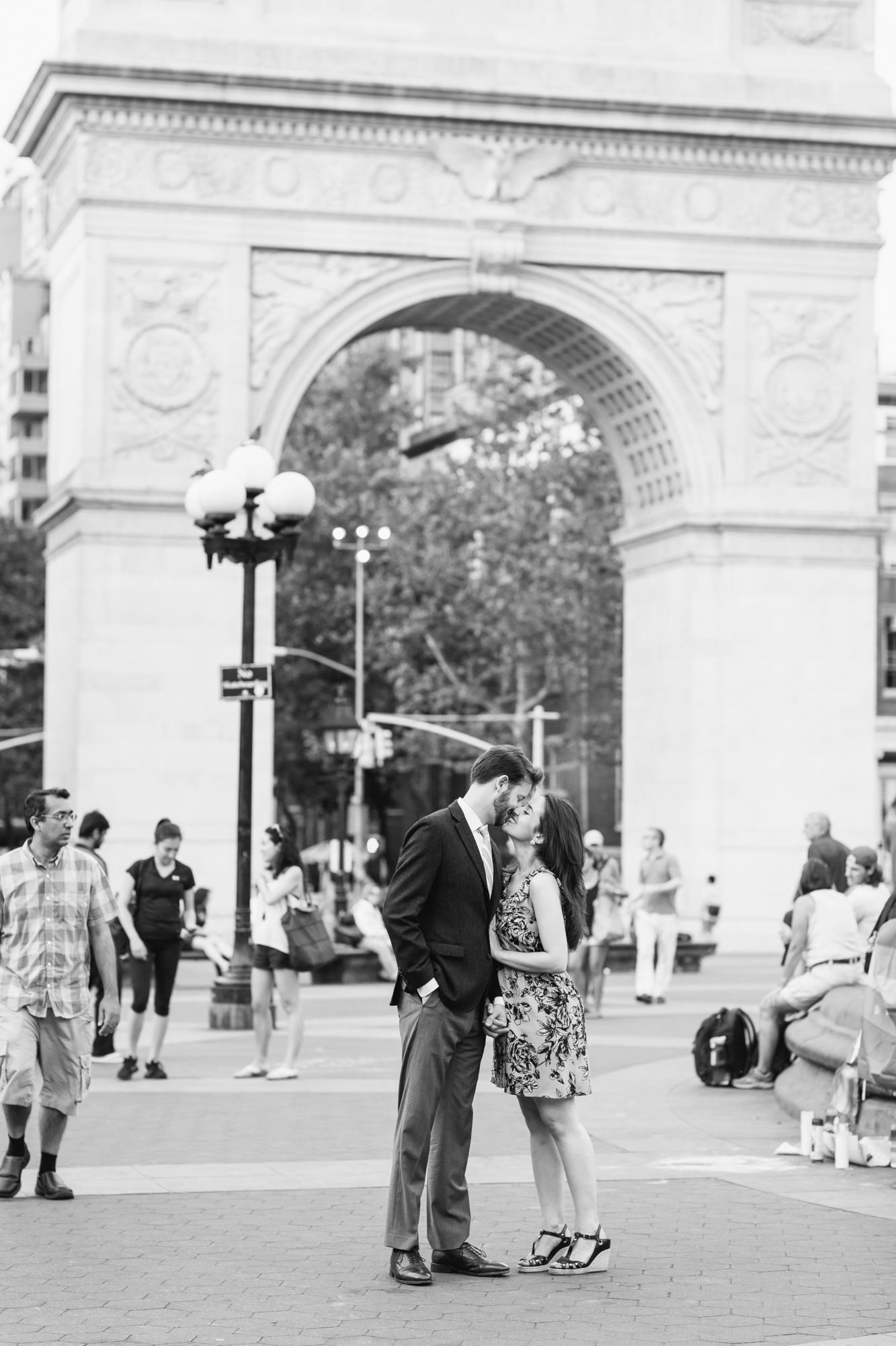 11_West_Village_New_York_Engagement_Photos_131.jpg