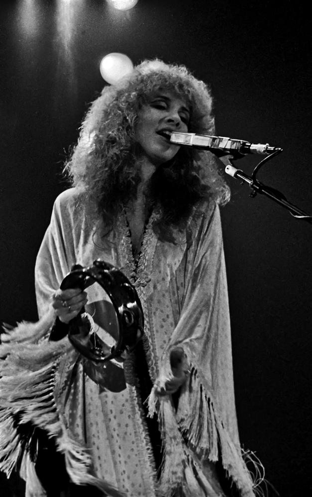 Fleetwood_Mac_-_Stevie_Nicks_(1980).png
