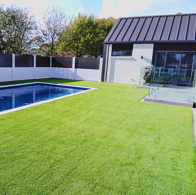 Brand New Lawn for a Brand New House 🏡🔨 #GLG #hamilton #waikato #ecofriendly #perfection #permanent #nomaintenance #artificialgrass #lawninstall #unrealgrass