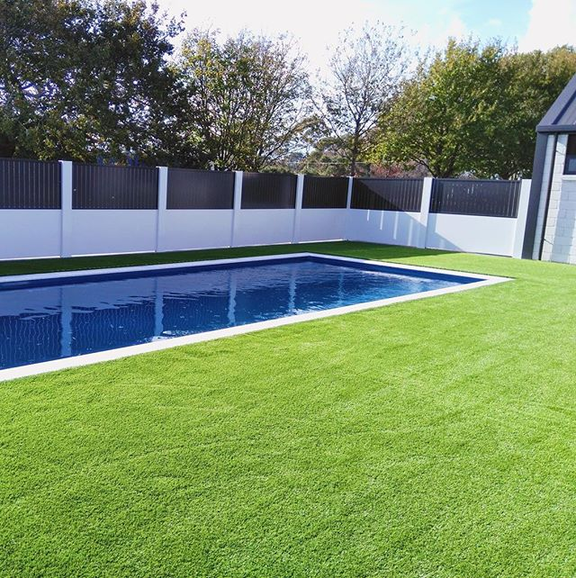 One of the toughest jobs complete! 👍🏼😁 Eco-Friendly Unreal Grass, luscious and always brand new.  #GLG #hamilton #waikato #artificialgrass #unrealnature #ecofriendly #nomaintenance #permanent #lawninstall