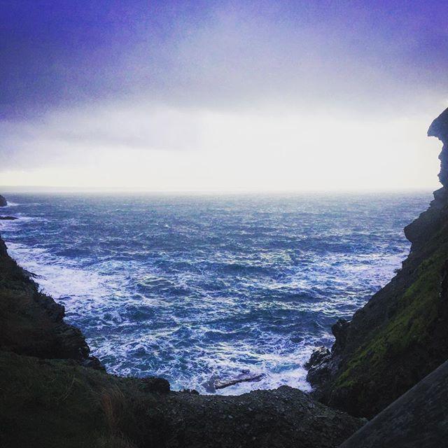 Atlantic ocean sending them chilly vibes!