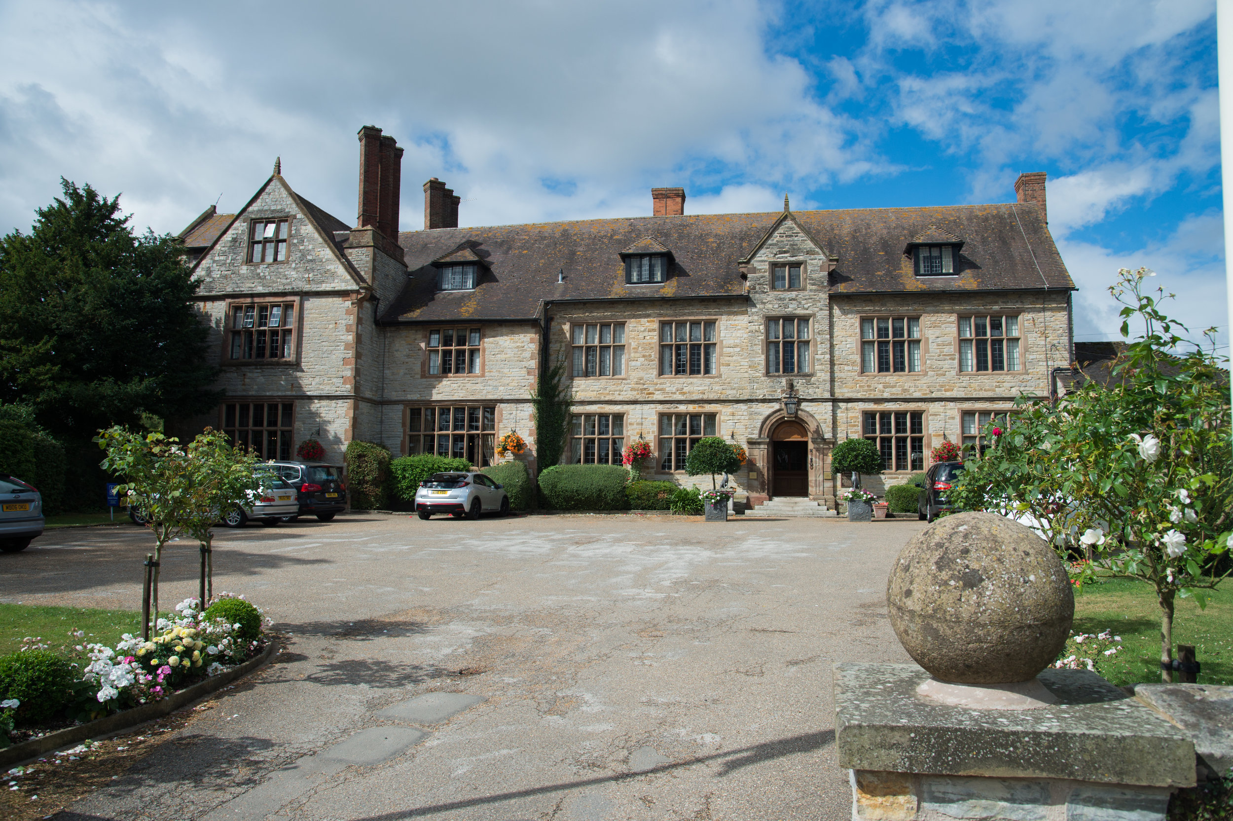 Billesley Manor Hotel weddings Alcester