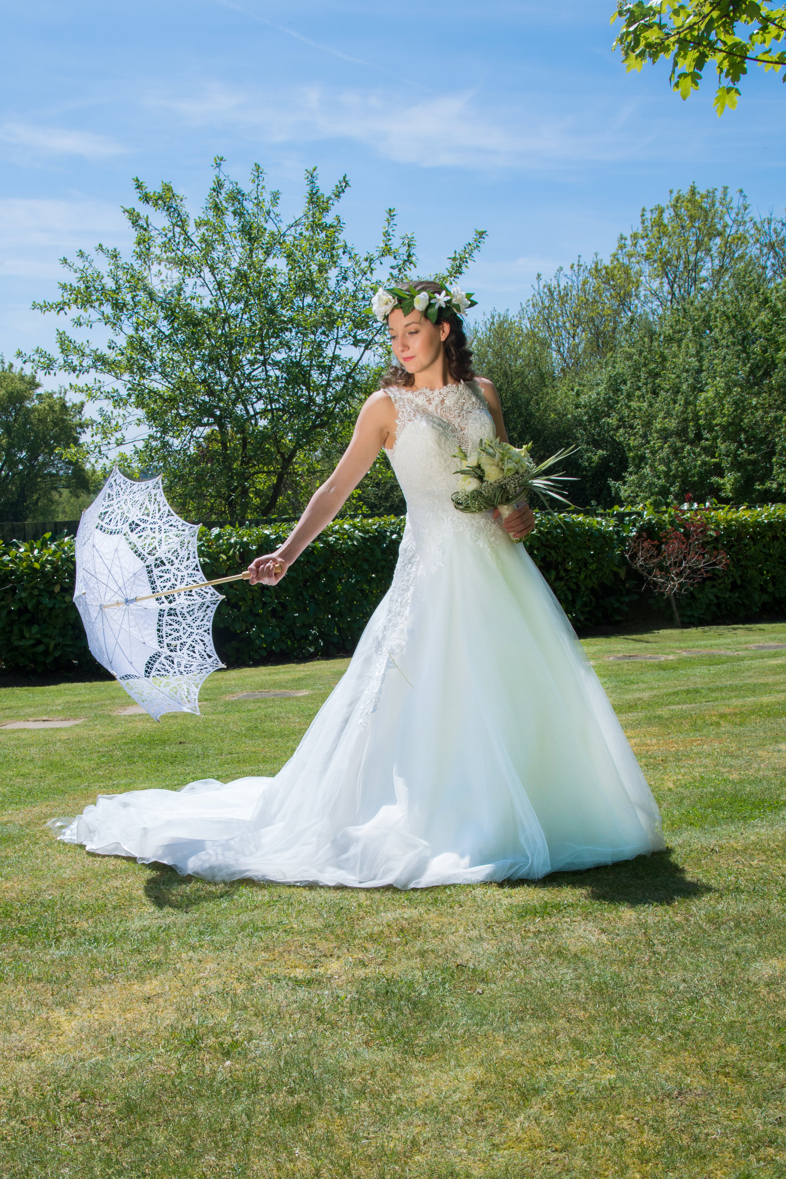 Bride with parasol Henley Golf and Country Club