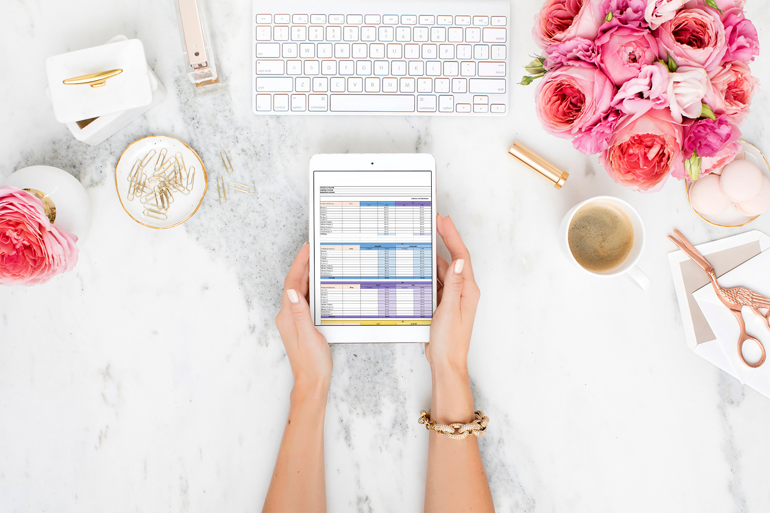 Plan and grow your business like a pro with the Income Planner and Brand Growth Tracker Bundle.   This bundle includes both the income planner and brand growth tracker as well as the video walkthroughs for both spreadsheets.