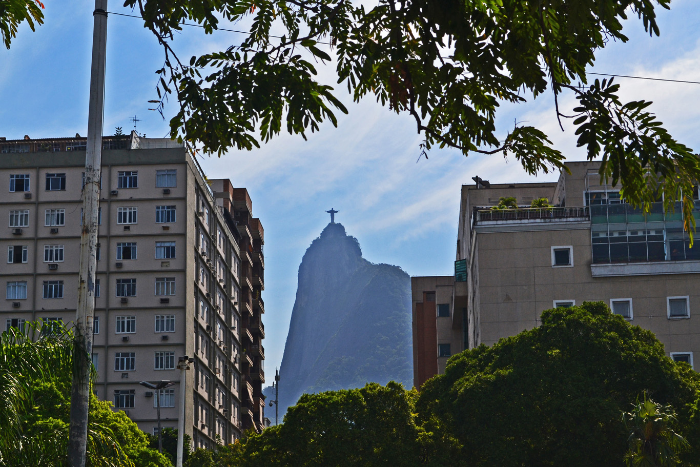 Statue od Christ seen from the center of Rio