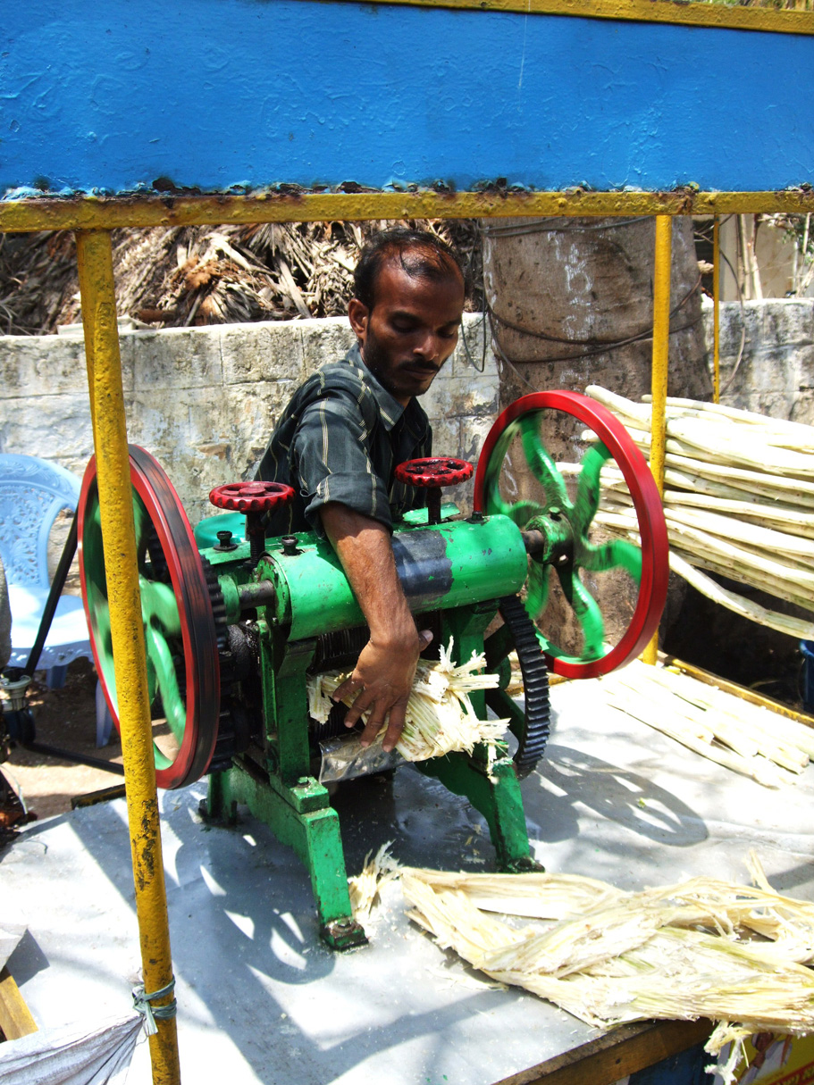 Sugar Cane juice squeezing