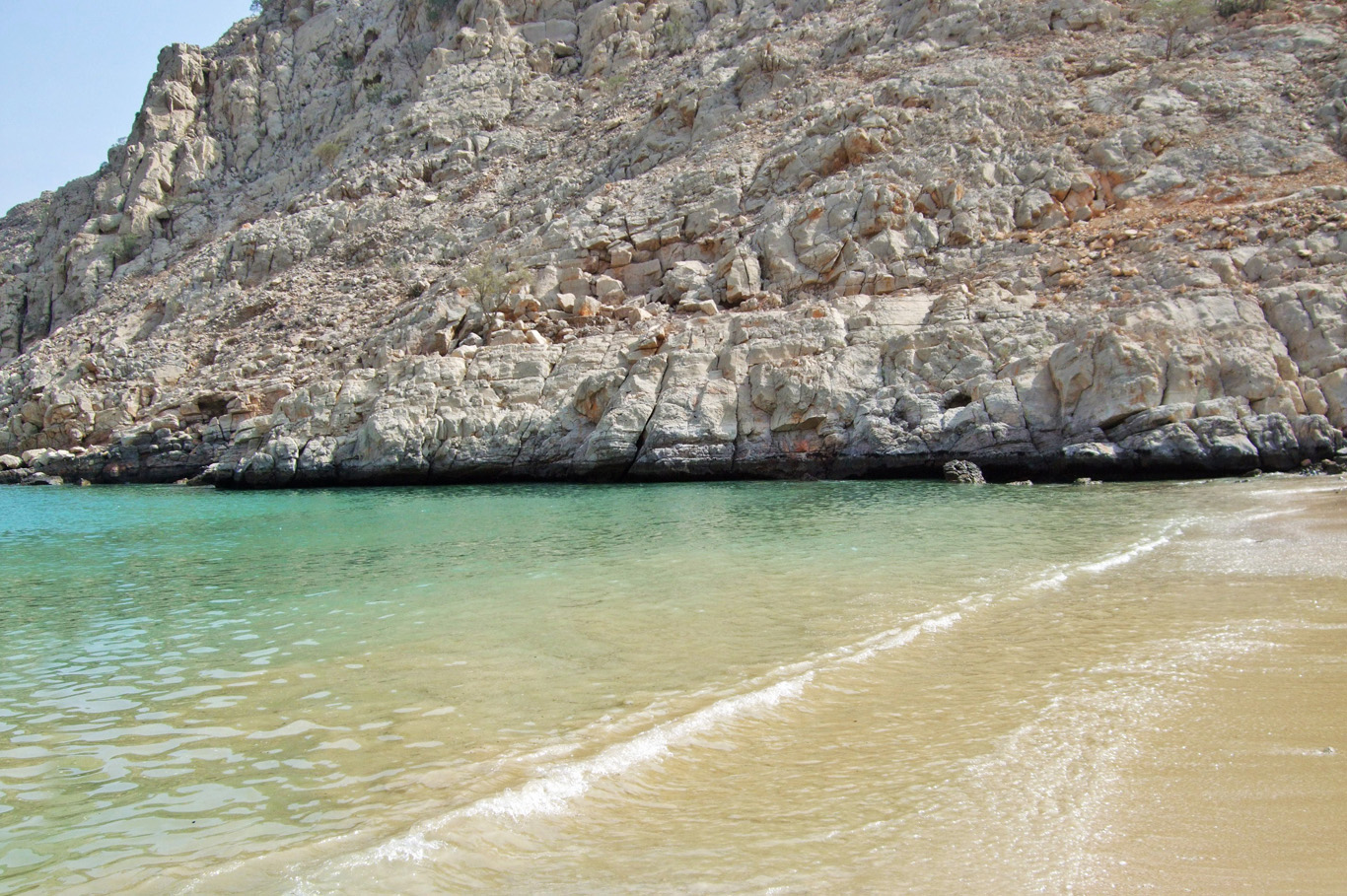 Beautiful, hidden beach in Oman