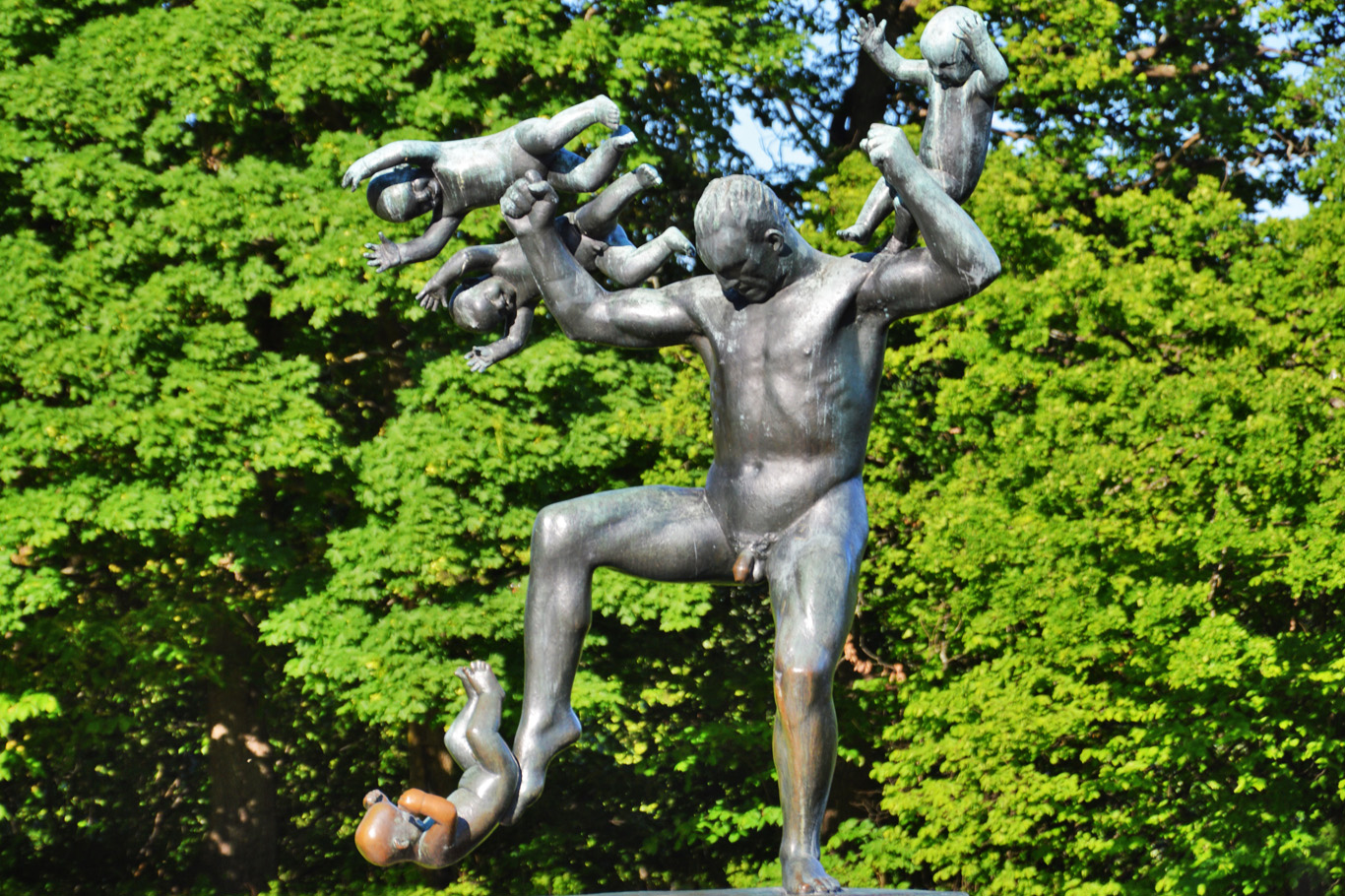 Sculpture in Vigeland Park