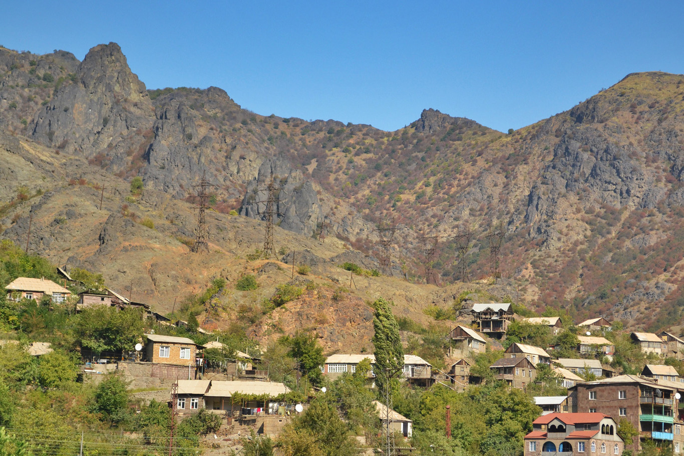 A village among pointy peaks