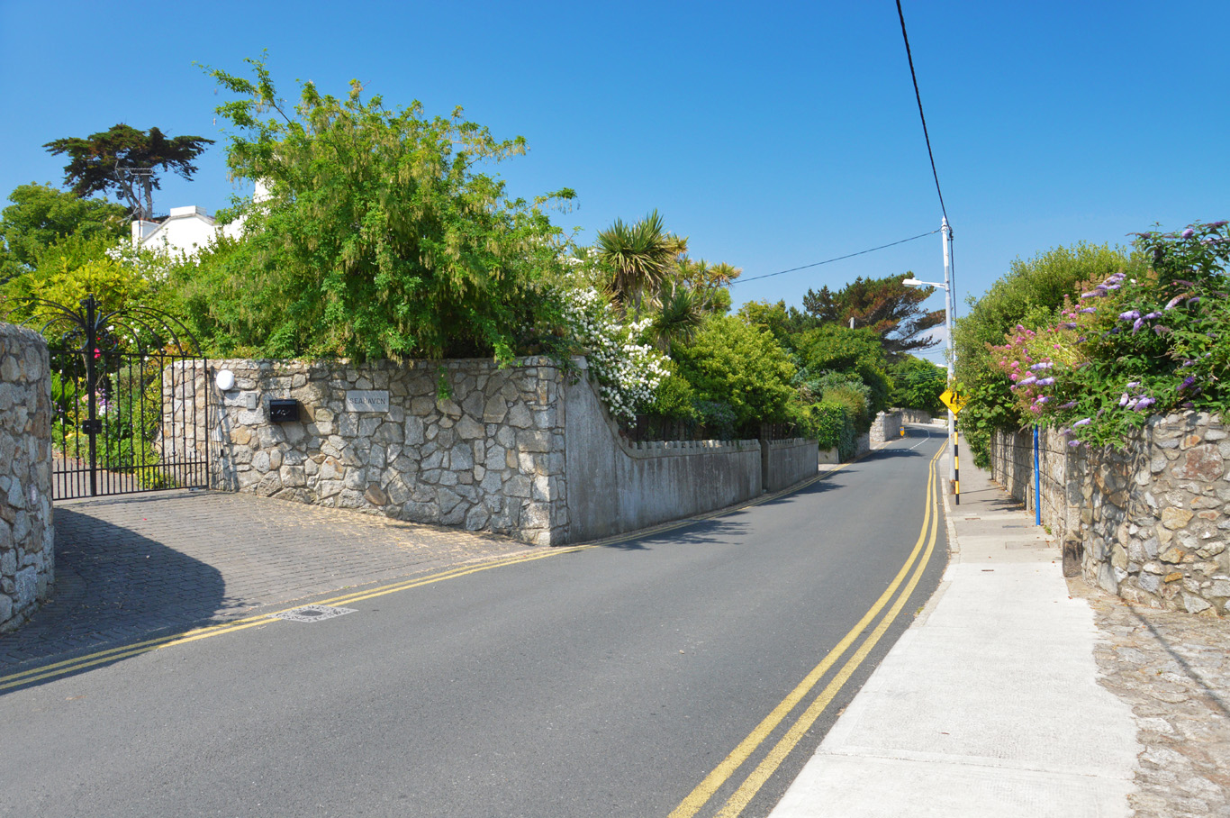 Coastal road in Dalkey