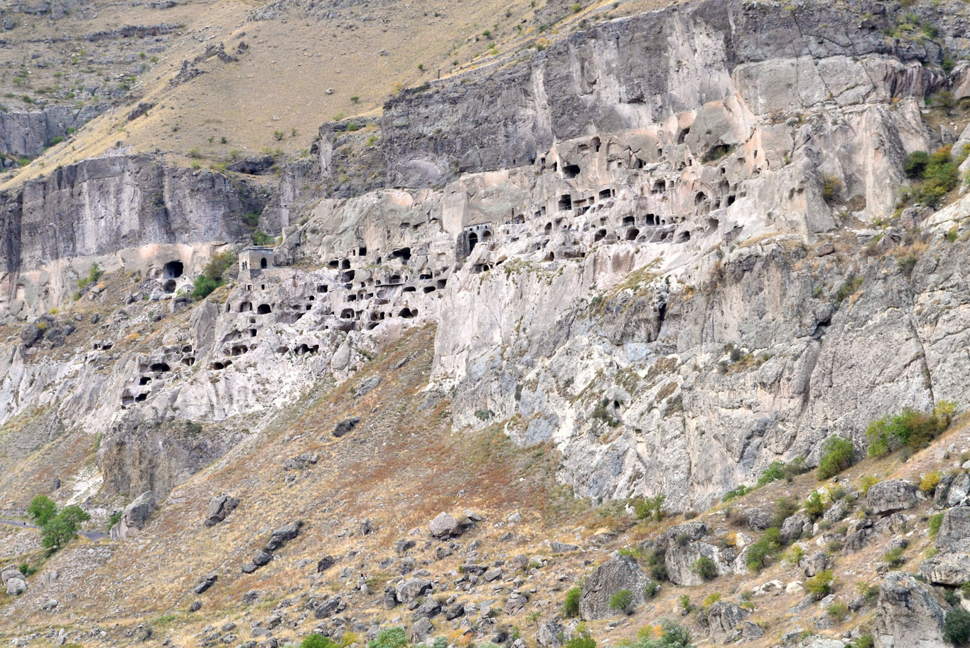 The cliff wall - The view of the whole cave monastery