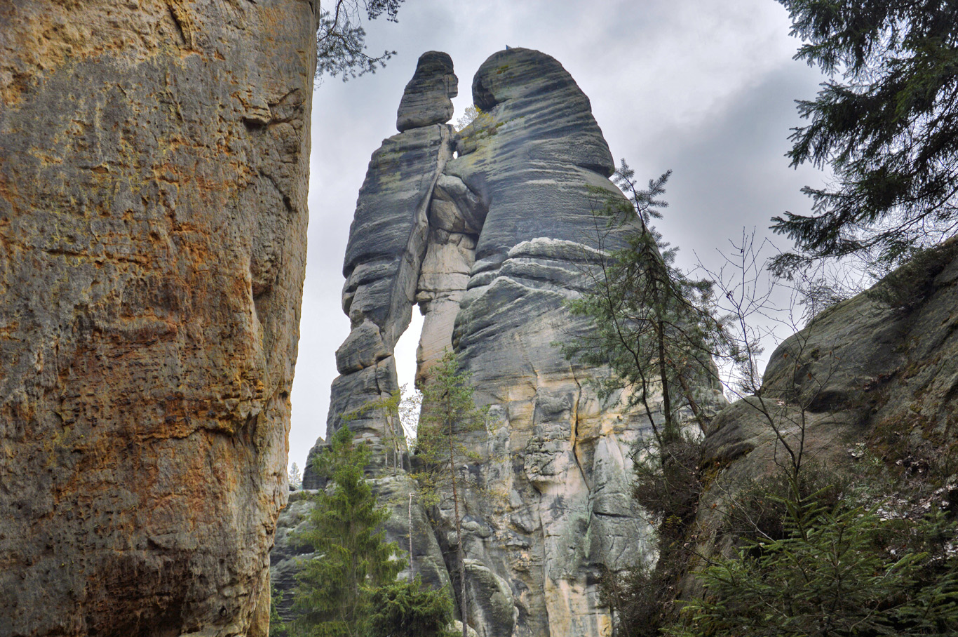 """Lovers"" rock formation"