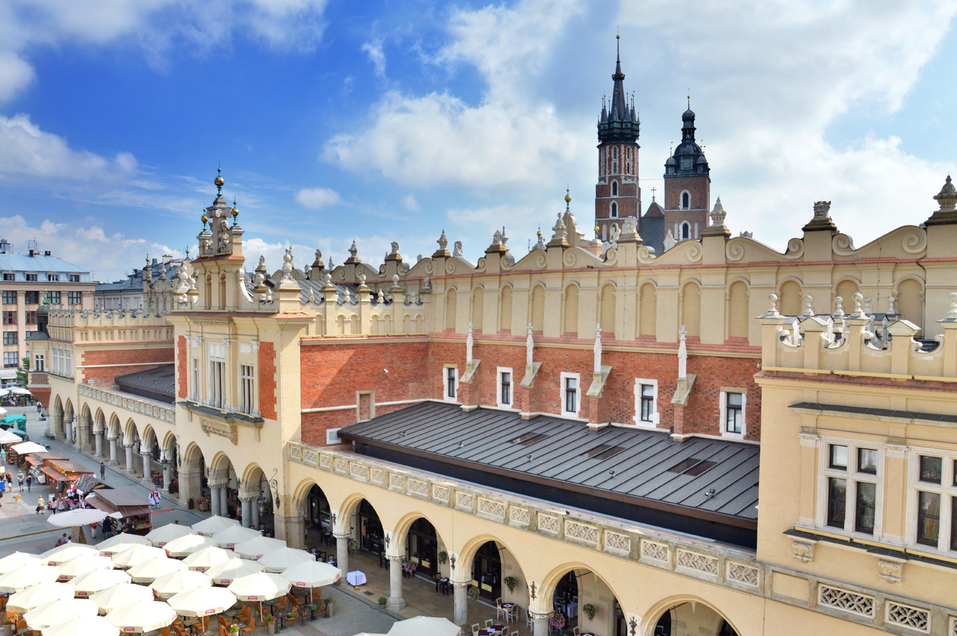 Market square - Cloth Hall