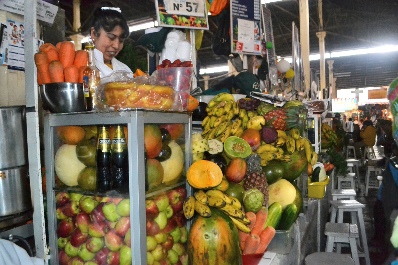 Fresh juice stall in San Pedro Market