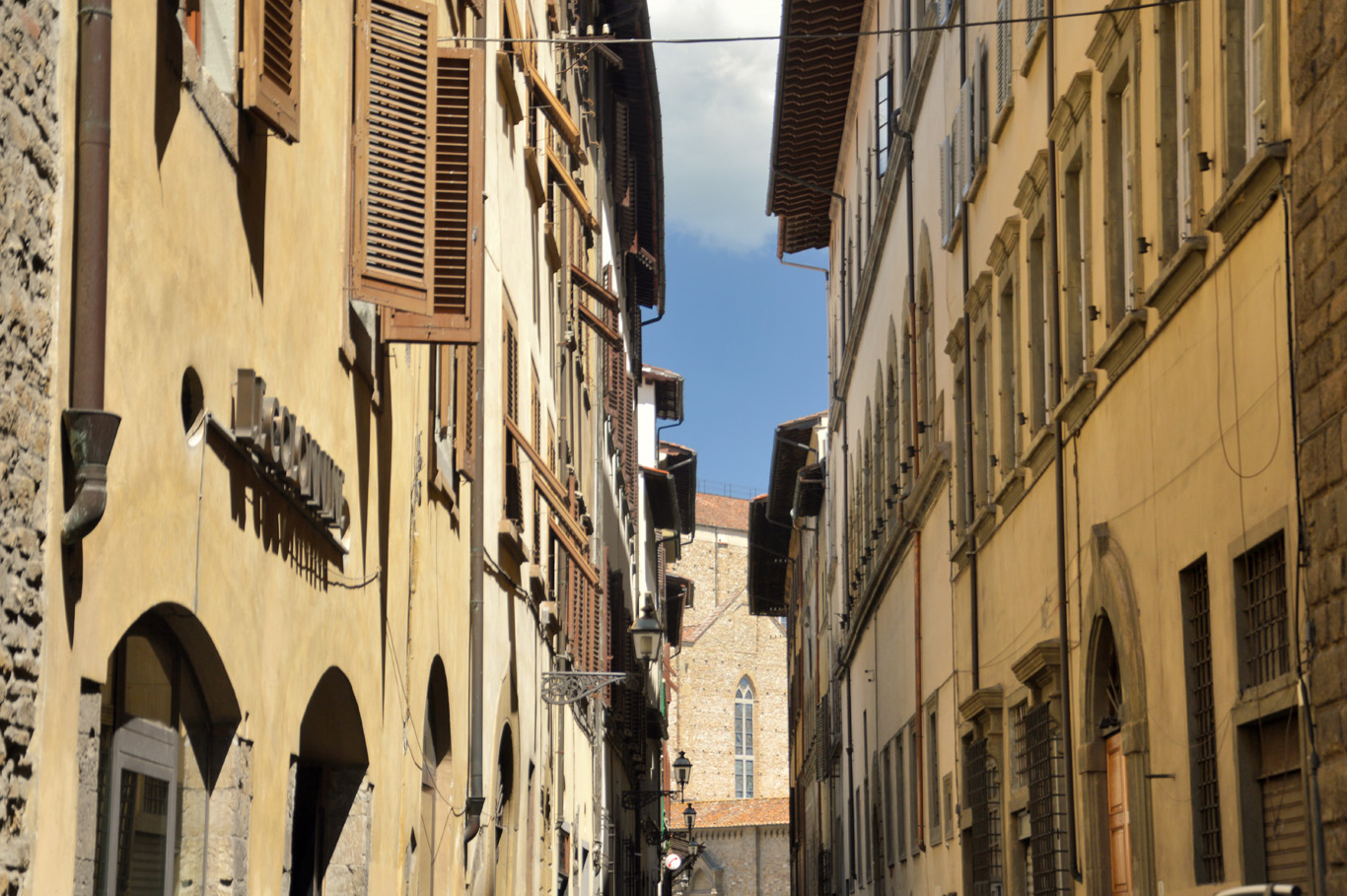 A typical narrow street in Florence