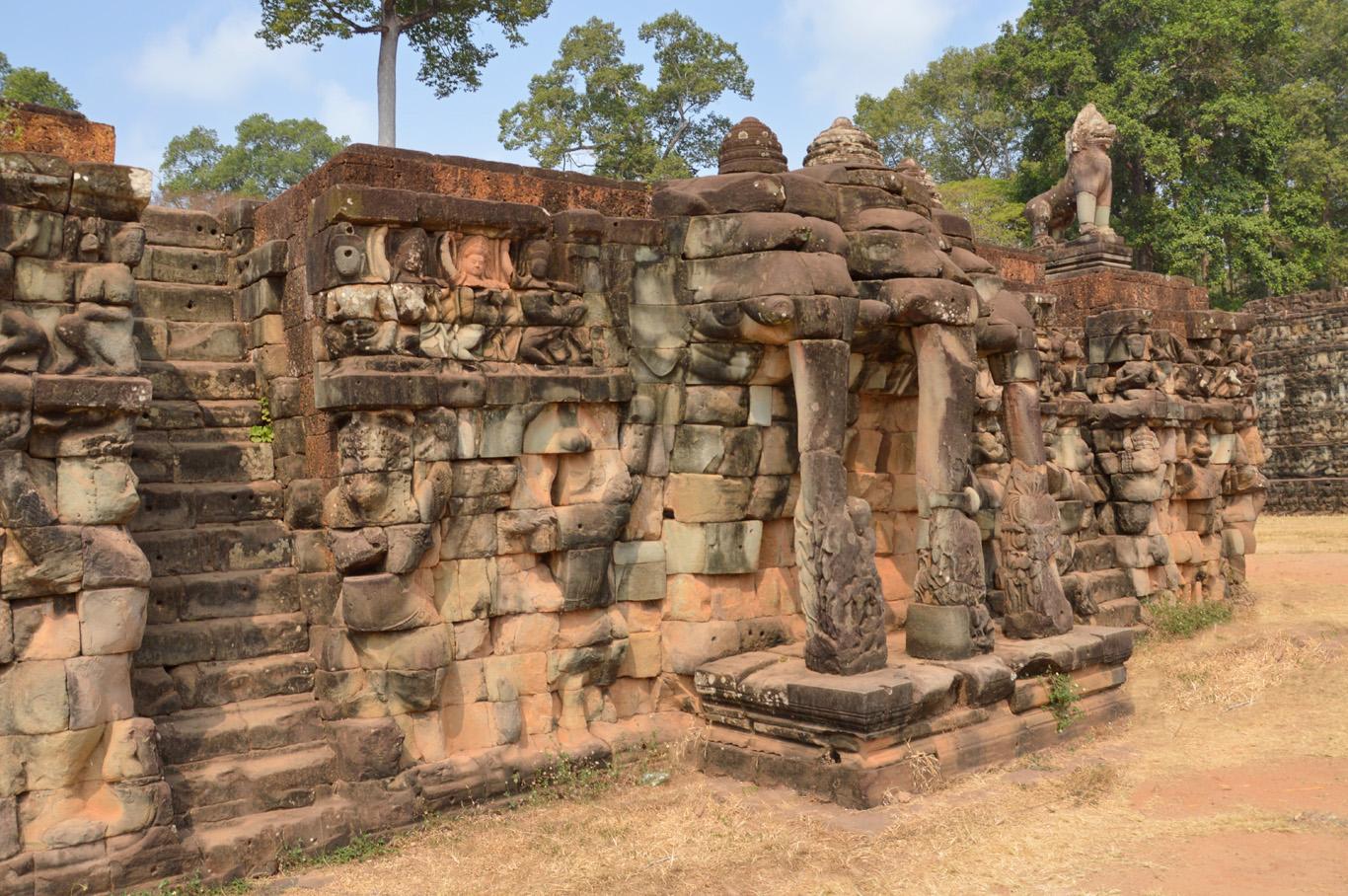 Angkor Thom - The terrace of the elephants