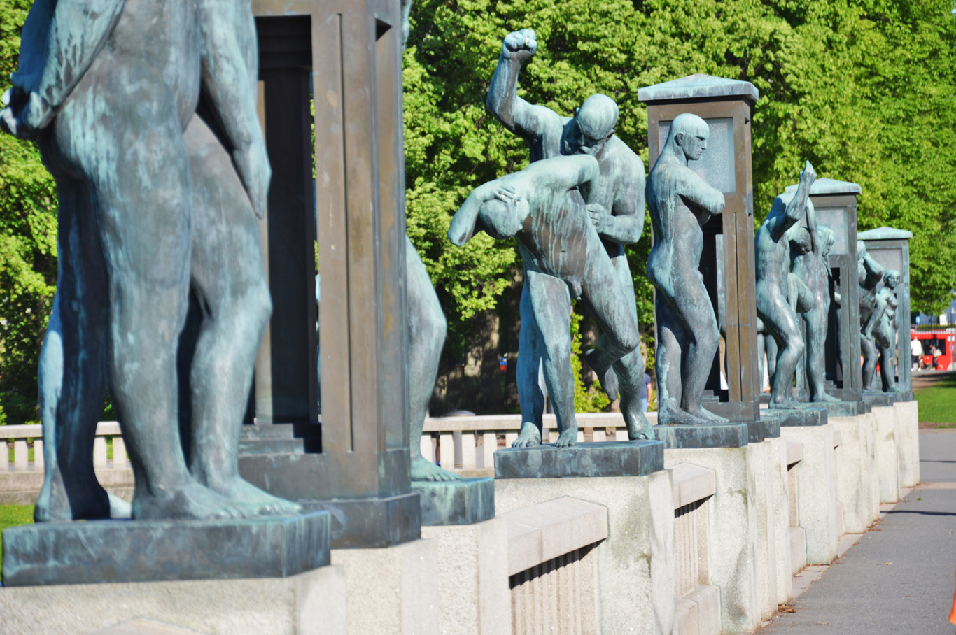 The bronze statues - Vigeland Installation