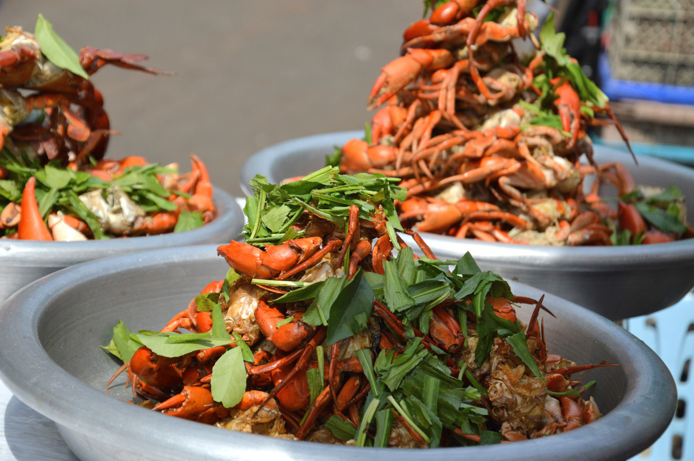 Seafood at the local market - Sule Pagoda Road