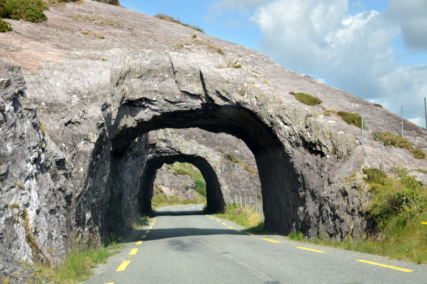 ring+of+kerry+road?format=1500w