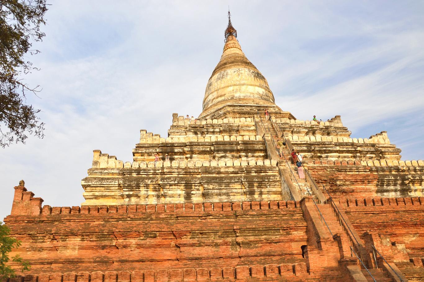 Shwesandaw Pagoda - the sunset temple