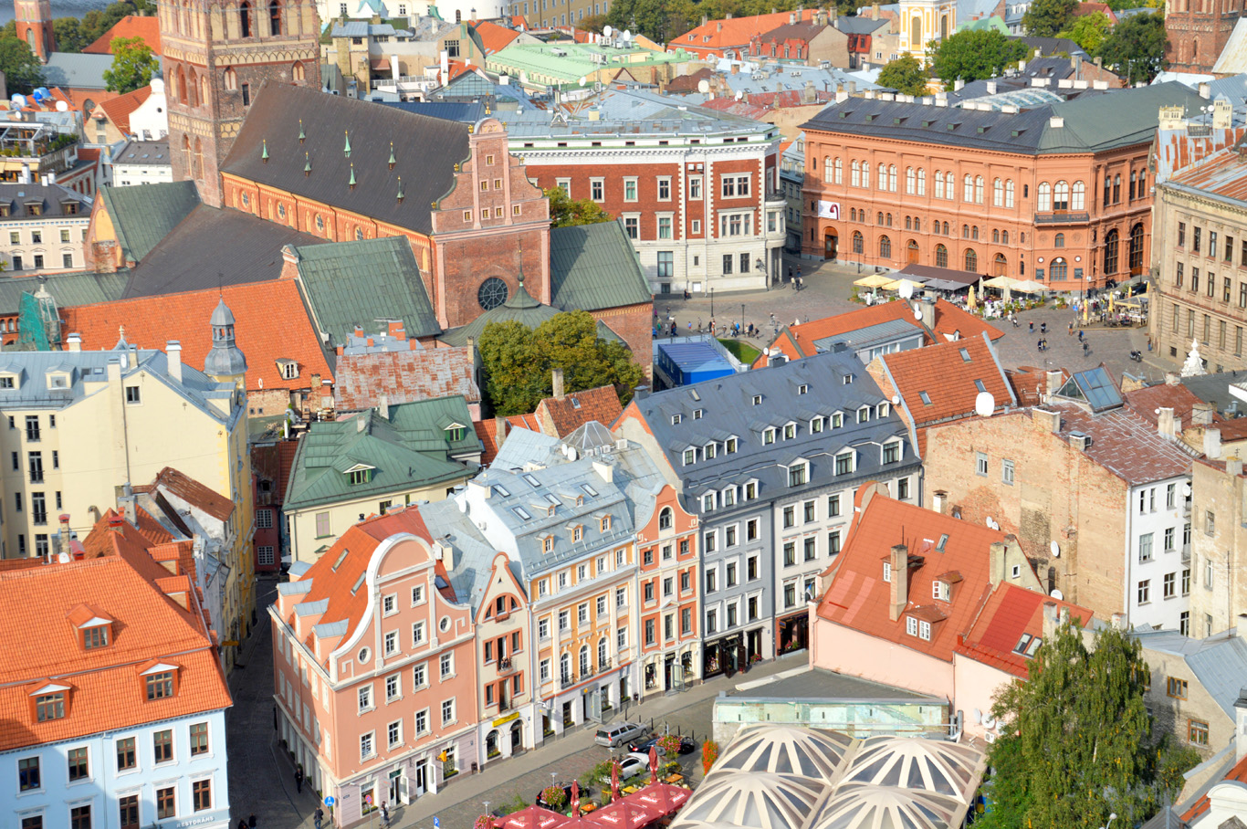 The Riga Cathedral (top left) and old town