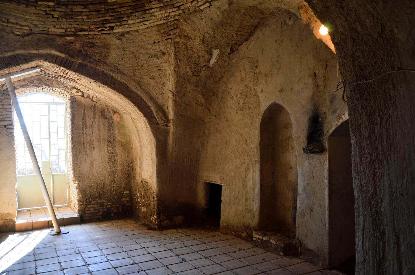 Mohammed ibn-Zeid Mausoleum inside