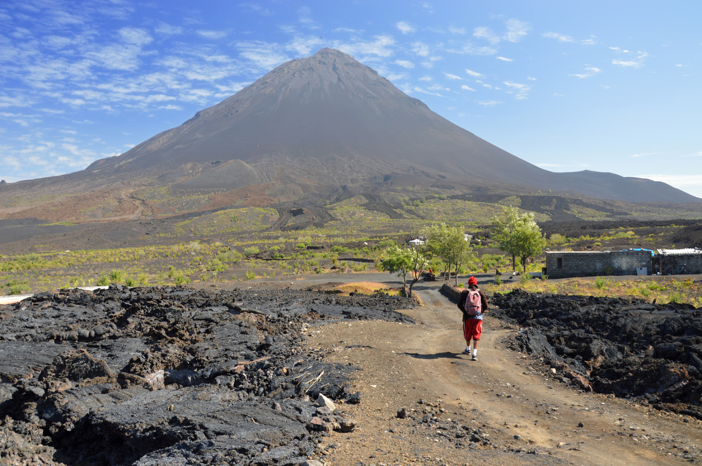 Pico do Fogo in the background