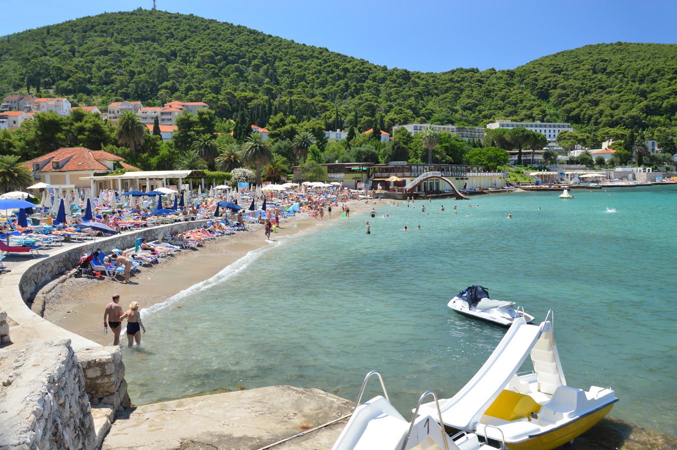 Lapad beach