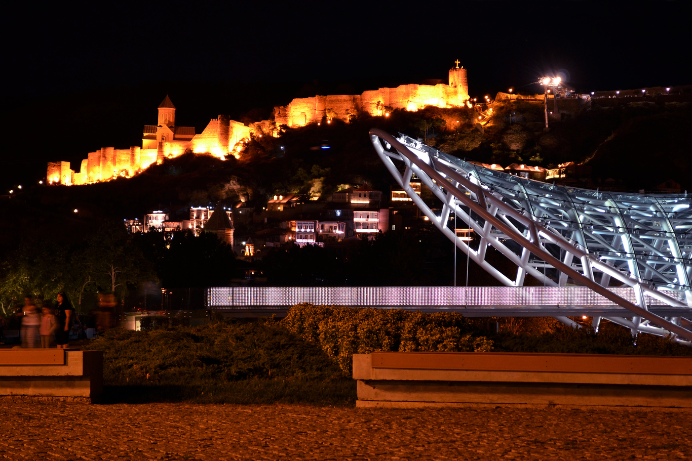 Tbilisi at night (2).jpg