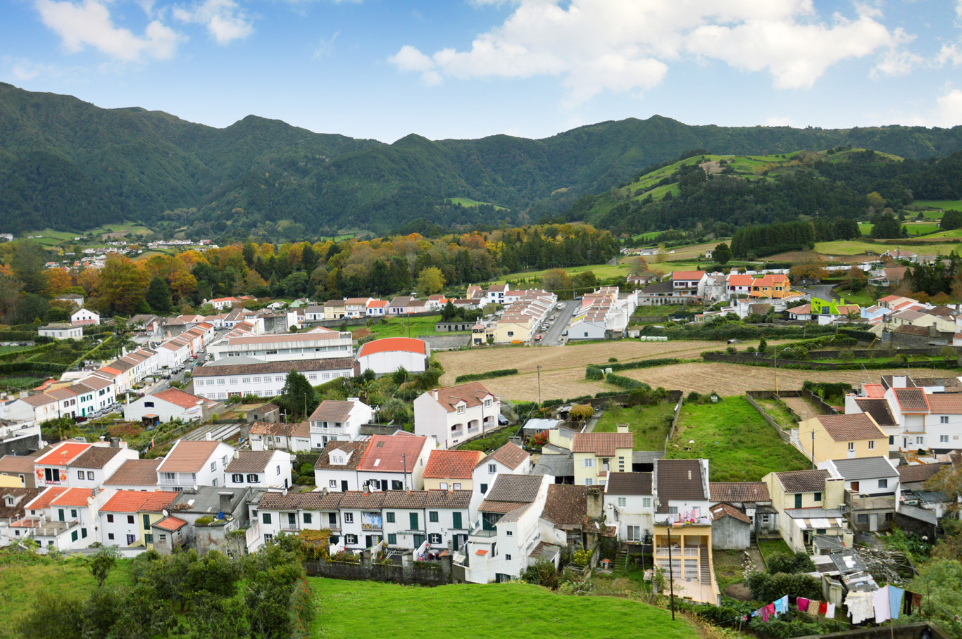Furnas Village