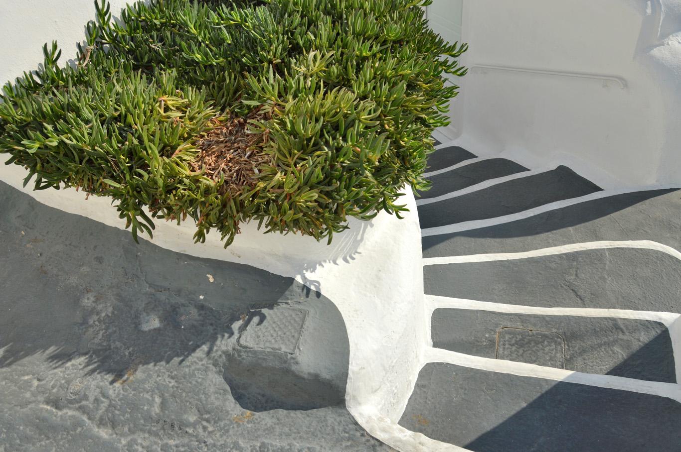 Typical steps in Santorini
