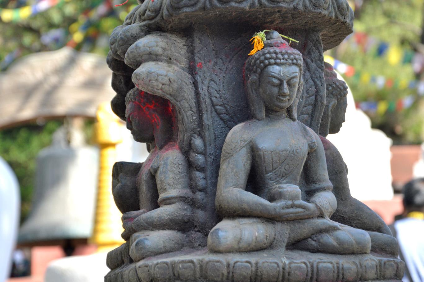 Swayambhu Stupa - Buddha statues