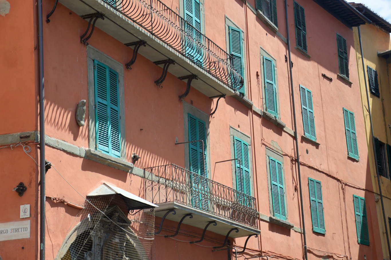 Typical architecture in Pisa