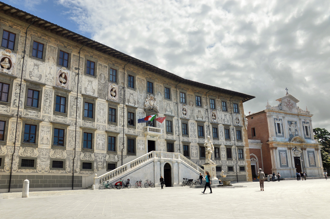 Palazzo della Carovana