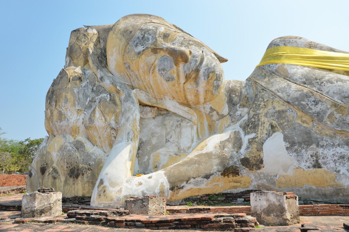 The largest reclining Buddha statue