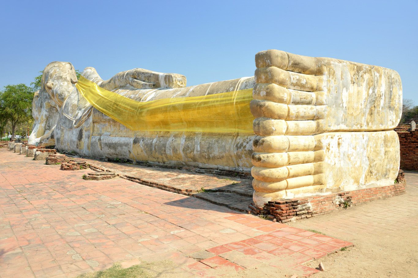 The Reclining Buddha Statue
