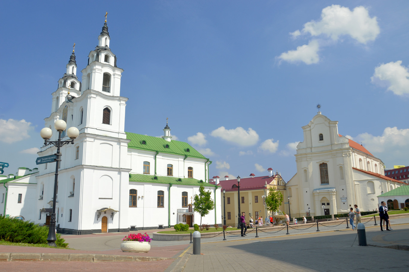 Holy Spirit Cathedral square