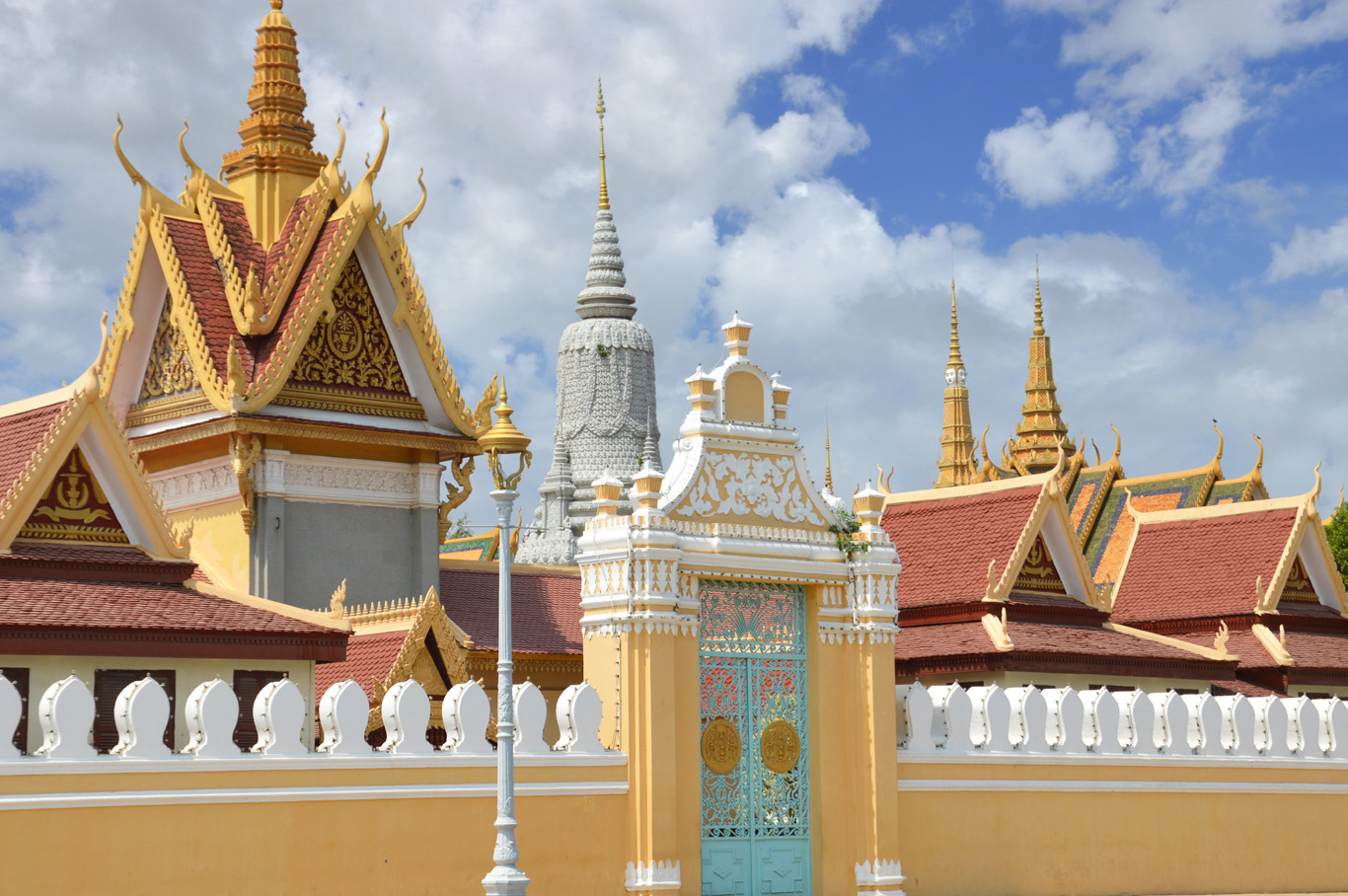 The Gate to the Palace and royal stupas