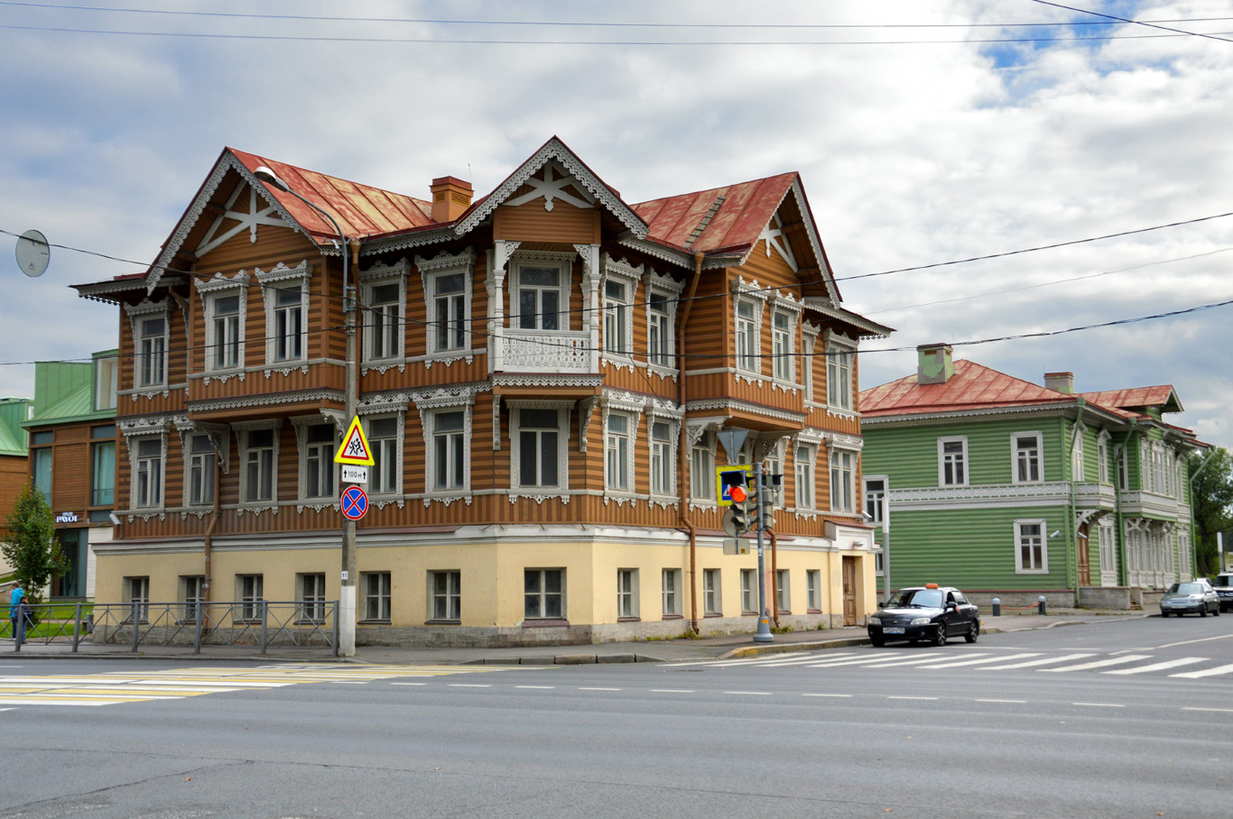 St. Petersburg outside of city center - wooden architecture