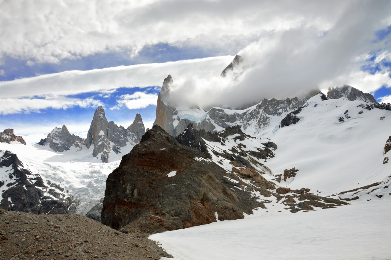 View from the frozen Laguna de los Tres (number 7 on the map)