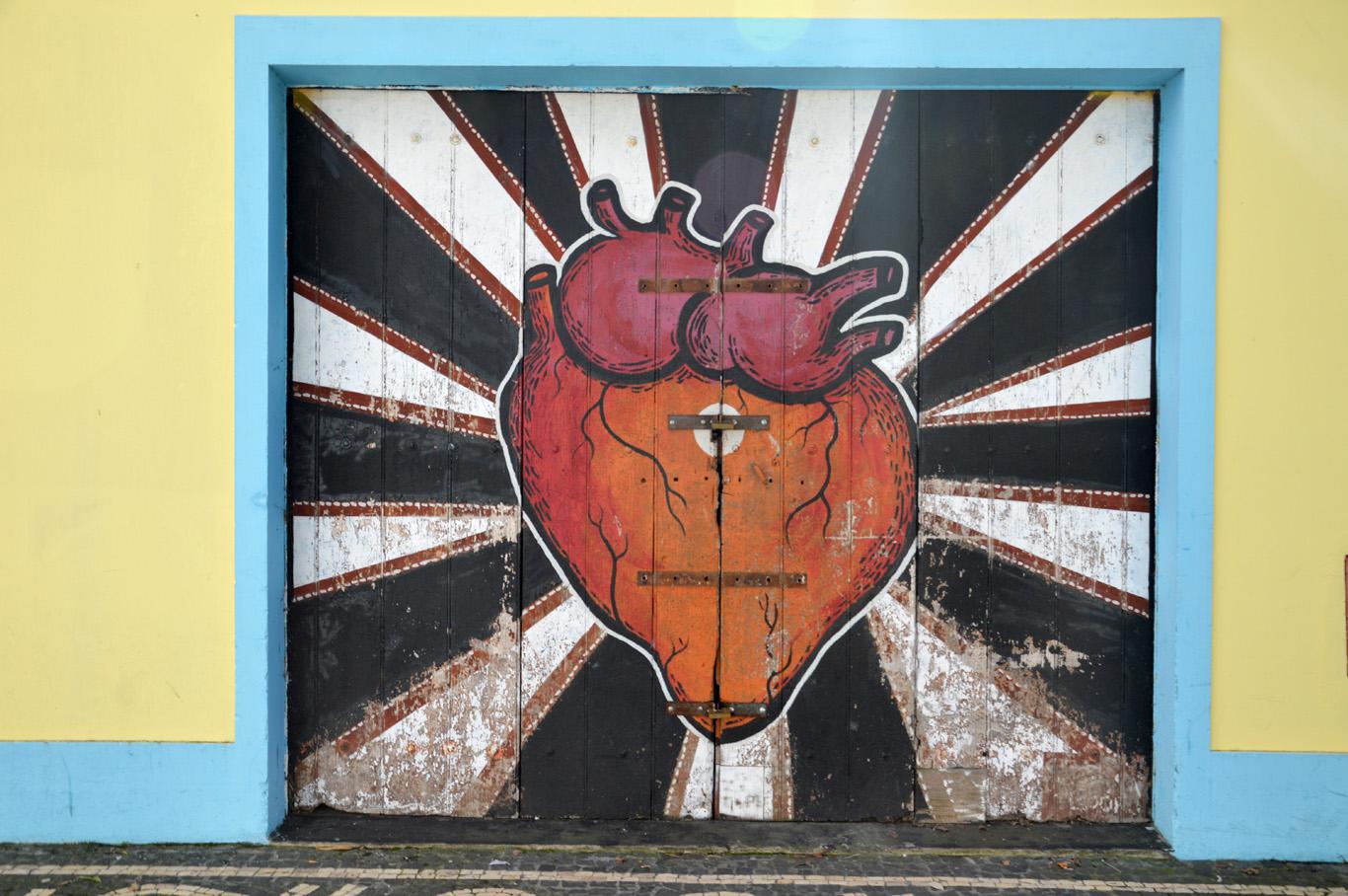 A graffiti in Ponta Delgada