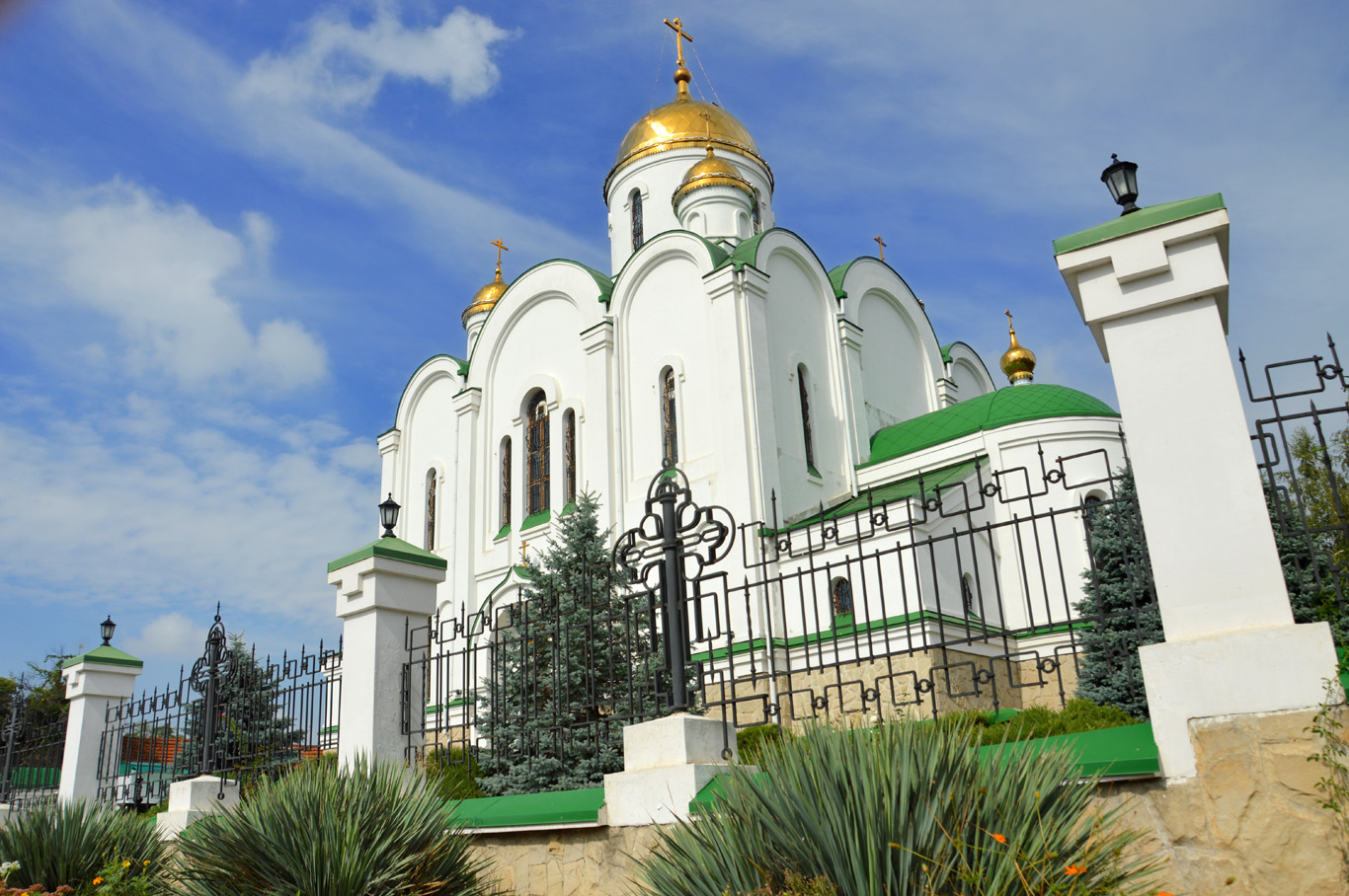 Christmas Cathedral in Tiraspol     more info