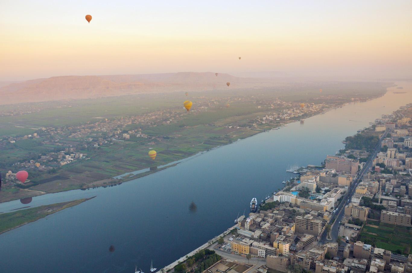 Ballons over Luxor     more info