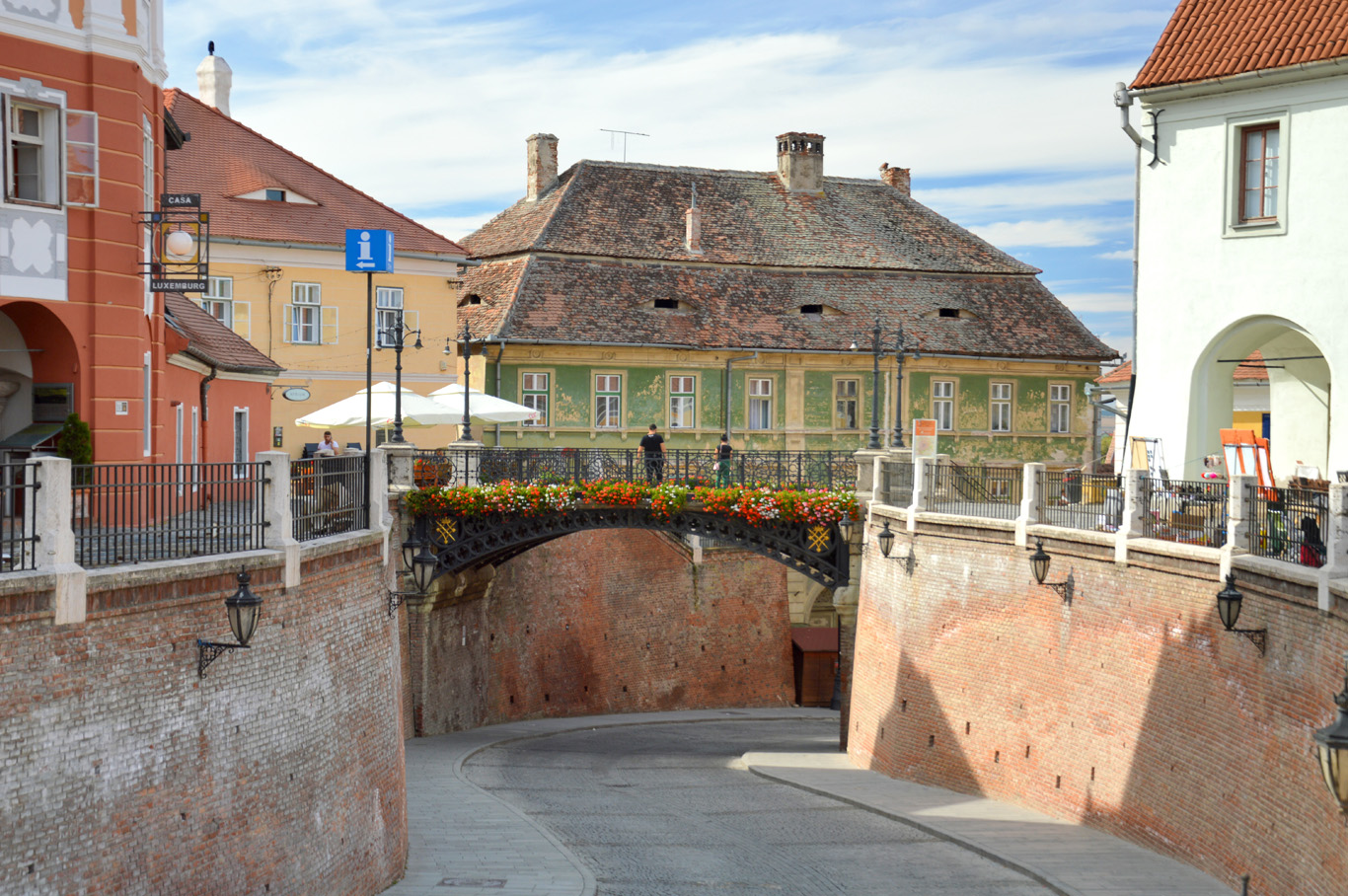 Old town and The Bridge of lies