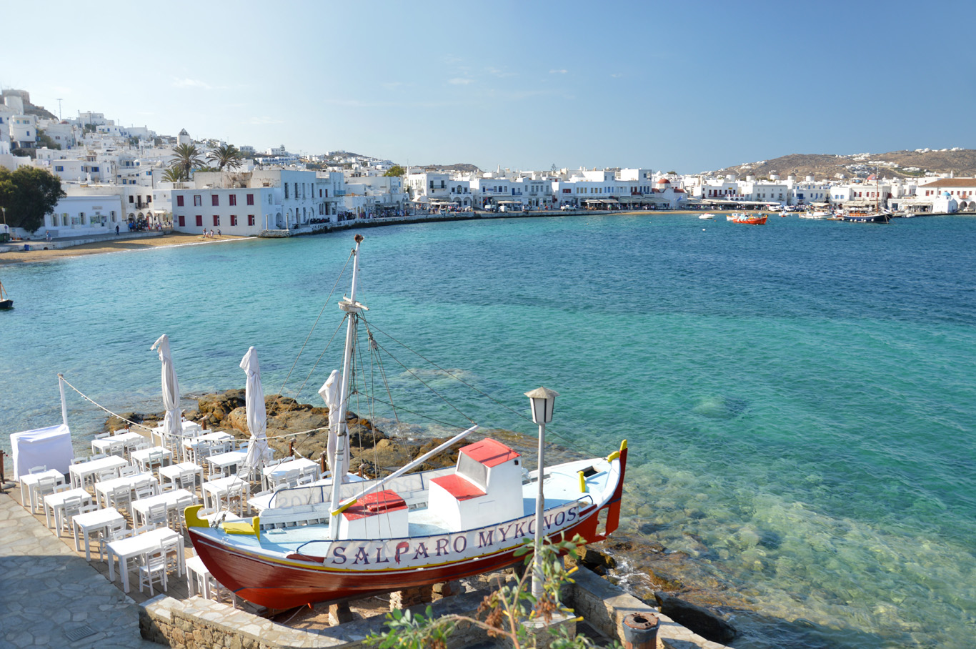 The coast in Mykonos town