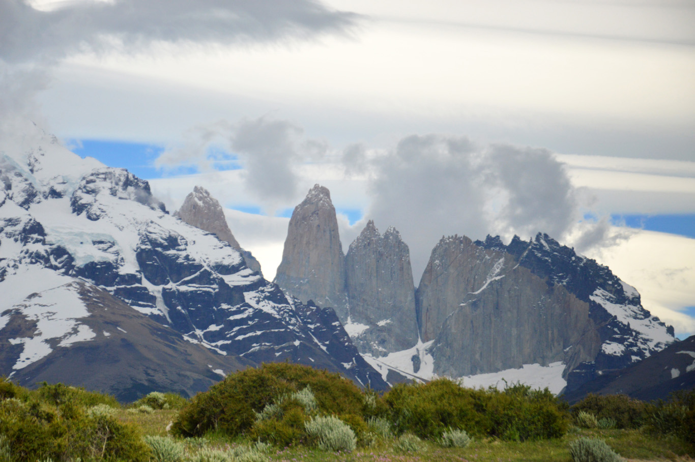 Torres del Paine - view from the bus