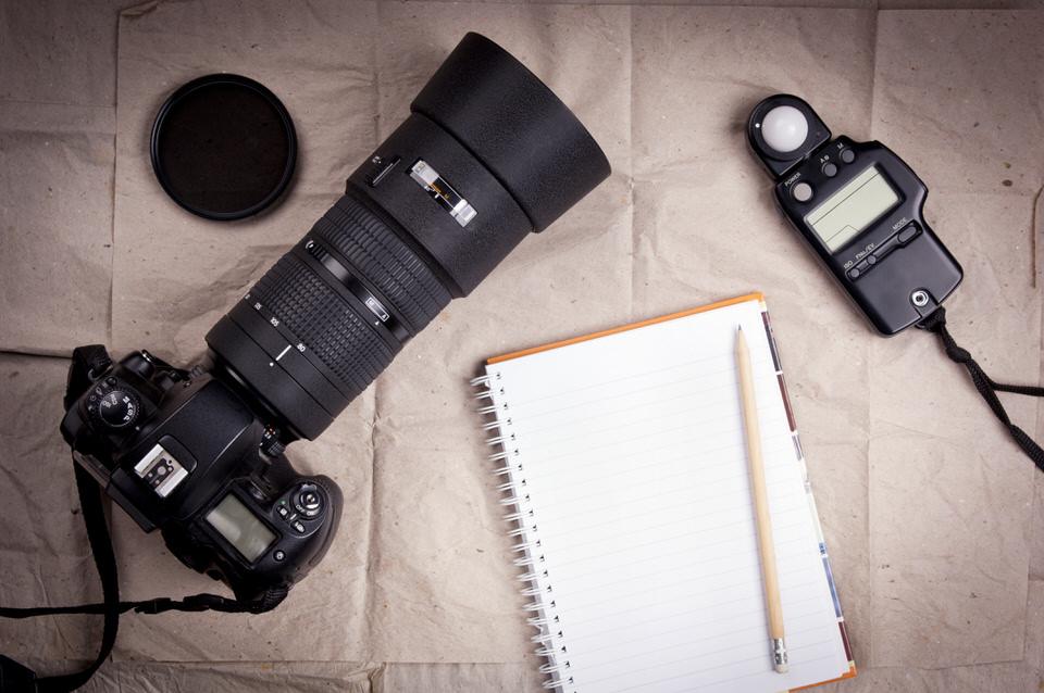 DU SPARST ZEIT - Du erhältst innerhalb von 72 Stunden deine bearbeiteten Fotos und kannst dich auf andere Dinge konzentrieren.