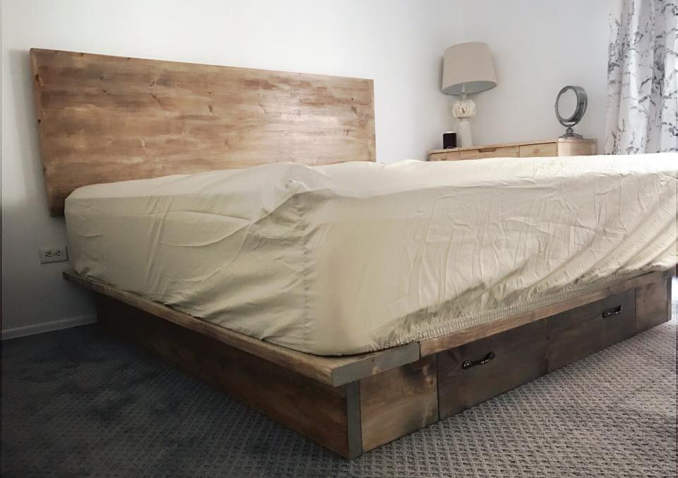 Manhattan King Bed