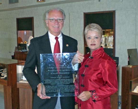 Loyd_Stanley_Lifetime_Achievement_Award.jpg